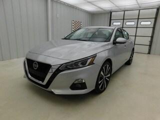 New 2019 Nissan Altima 2.5 Platinum Sedan for sale in Manhattan, KS at Briggs Manhattan