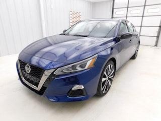 New 2019 Nissan Altima 2.5 SR Sedan for sale in Manhattan, KS at Briggs Manhattan