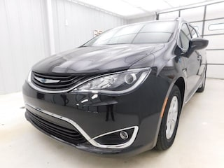 Used 2018 Chrysler Pacifica Hybrid Touring L Van Passenger Van 2C4RC1L73JR175623 for sale in Manhattan, KS at Briggs Manhattan
