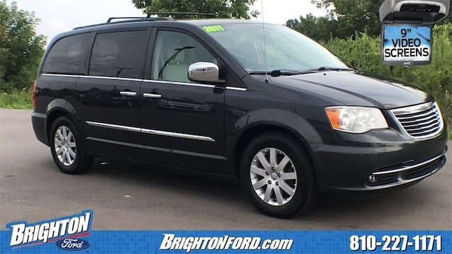 Used 2011 Chrysler Town & Country Touring-L Minivan/Van Brighton, MI