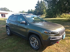 New 2020 Jeep Cherokee TRAILHAWK 4X4 Sport Utility 1C4PJMBX6LD627098 for sale in Rutland, VT at Brileya's Chrysler Jeep
