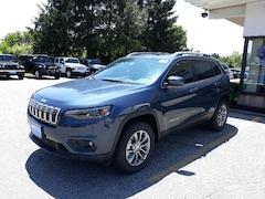 New 2019 Jeep Cherokee LATITUDE PLUS 4X4 Sport Utility 1C4PJMLX5KD477157 for sale in Rutland, VT at Brileya's Chrysler Jeep