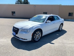 2019 Chrysler 300 Limited Sedan 2C3CCAKG0KH722754 for Sale in Rutland, VT at Brileya's Chrysler Jeep