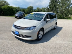 2017 Chrysler Pacifica Touring Van for Sale in Rutland, VT at Brileya's Chrysler Jeep