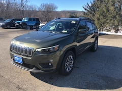 New 2019 Jeep Cherokee LATITUDE PLUS 4X4 Sport Utility 1C4PJMLN9KD372376 for sale in Rutland, VT at Brileya's Chrysler Jeep