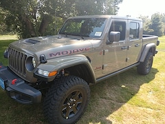 2020 Jeep Gladiator MOJAVE 4X4 Crew Cab for Sale in Rutland, VT at Brileya's Chrysler Jeep