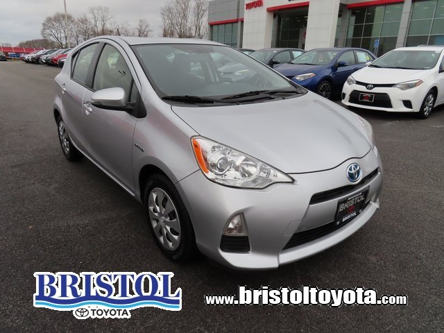 2014 Toyota Prius c Two Hatchback