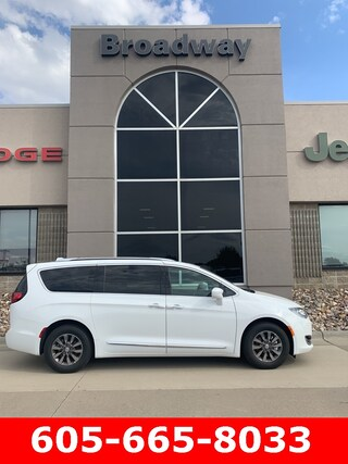 2020 Chrysler Pacifica 35TH ANNIVERSARY TOURING L PLUS Passenger Van
