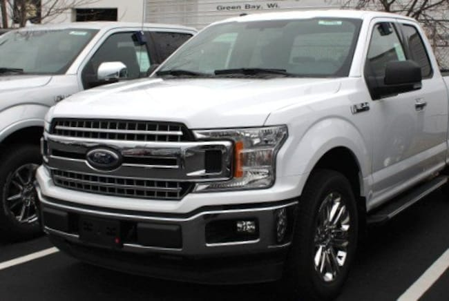 new 2018 Ford F-150 XLT Truck SuperCab Styleside Green Bay