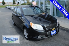 Used 2009 Chevrolet Aveo5 1LT Hatchback for sale in Green Bay