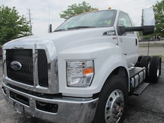 2019 Ford F-750 Tractor Base Truck Regular Cab