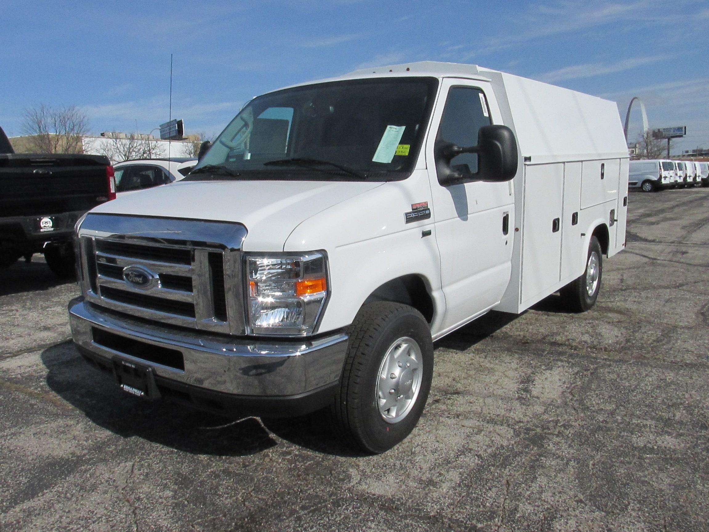 2019 Ford E-350 11FT KUV Truck