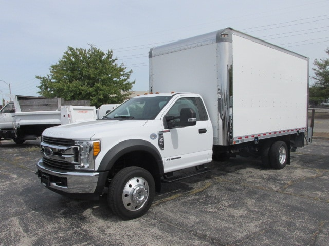 2017 Ford F-550 16' Dry box with 2500lb lift gate Reg Cab