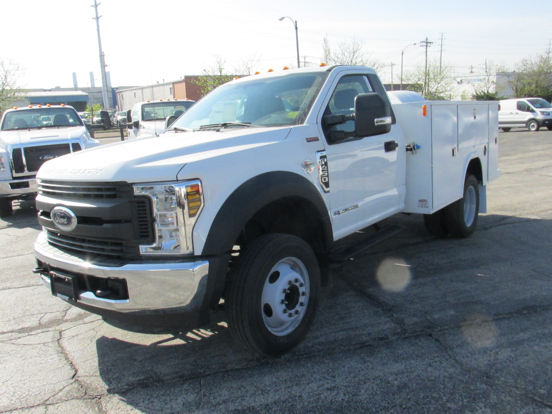 2019 Ford F-450 SERVICE BODY XL Truck Regular Cab