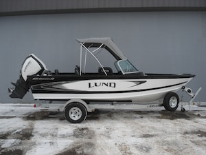 2018 LUND BOAT CO 1875 Crossover Black white