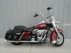 2006 HARLEY-DAVIDSON FLHRC Road King Classic Red