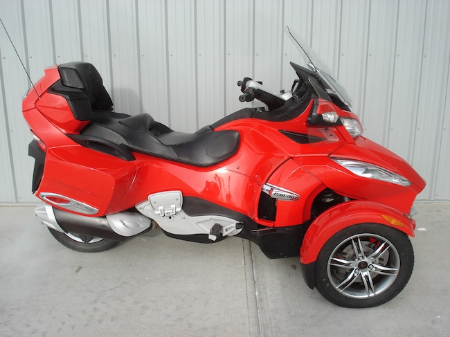 2011 CAN-AM Spyder RT-S Red