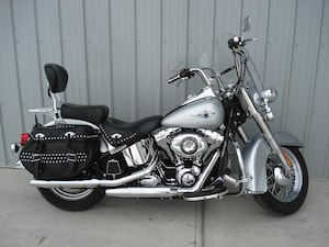 2015 HARLEY-DAVIDSON FLSTCI Heritage Softail Classic Silver