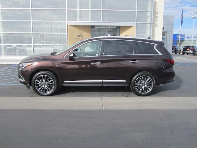 2019 INFINITI QX60 LUXE AWD SUV