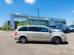 Used 2014 Chrysler Town & Country Touring-L Minivan/Van