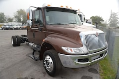 2017 INTERNATIONAL 4300 Cab & Chassis -