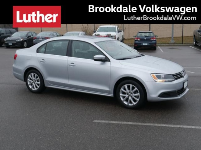 2014 Volkswagen Jetta Sedan Auto SE w/Connectivity/Sunroof Pzev Sedan