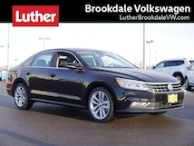 2018 Volkswagen Passat 2.0T SE w/Technology Auto Sedan