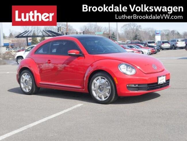 2014 Volkswagen Beetle Coupe Auto 2.5L w/Sun/Sound/Nav Pzev *Ltd Avail* Hatchback