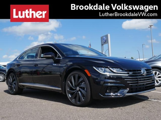 2019 Volkswagen Arteon SEL R-Line 4motion w/20 Wheels Sedan