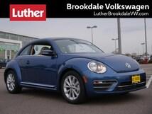 2018 Volkswagen Beetle SE Auto Hatchback
