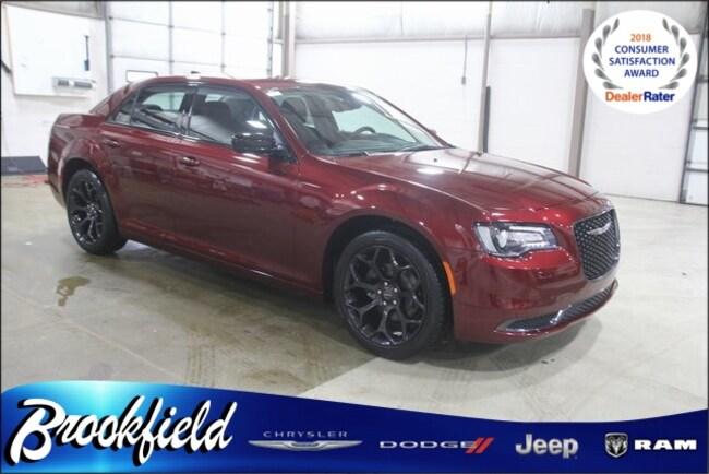New 2019 Chrysler 300 TOURING Sedan for sale in Benton Harbor MI