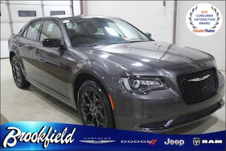 New  2019 Chrysler 300 TOURING AWD Sedan for sale in Benton Harbor, MI
