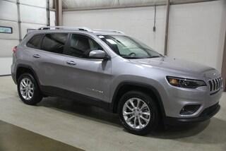 New  2019 Jeep Cherokee LATITUDE FWD Sport Utility for sale in Benton Harbor, MI