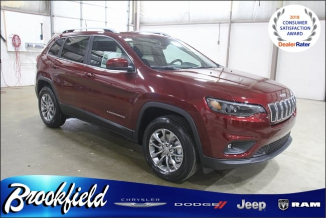 New 2019 Jeep Cherokee LATITUDE PLUS 4X4 Sport Utility for sale in Benton Harbor MI