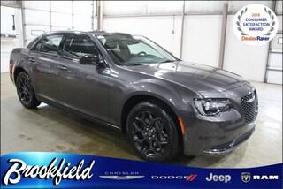 New  2019 Chrysler 300 TOURING AWD Sedan for sale in Benton Harbor, MI