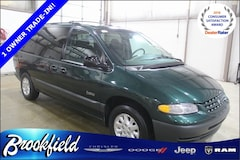 Bargain Used 1999 Plymouth Grand Voyager SE Minivan/Van for sale in Benton Harbor, MI