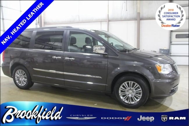 Used 2016 Chrysler Town & Country Touring-L Minivan/Van for sale in Benton Harbor, MI