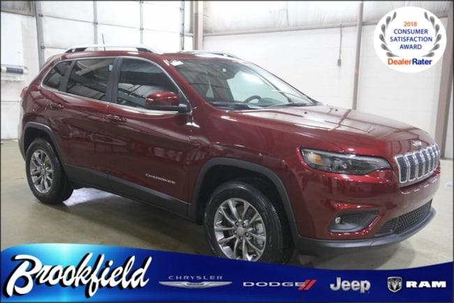 New 2019 Jeep Cherokee LATITUDE PLUS 4X4 Sport Utility for sale in Benton Harbor MI