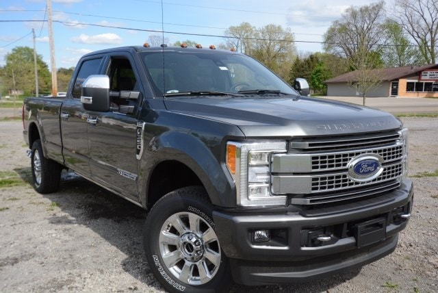 2017 Ford Superduty F-350 Platinum Truck