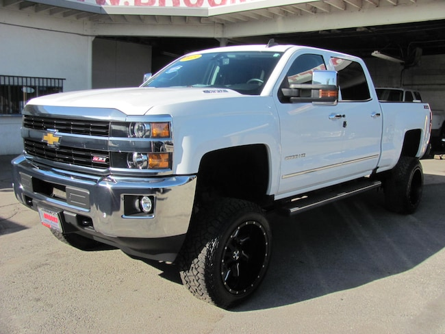 2015 Chevrolet Silverado 2500HD LTZ 6.6 L Turbo Diesel 4WD (Lifted) Truck Crew Cab