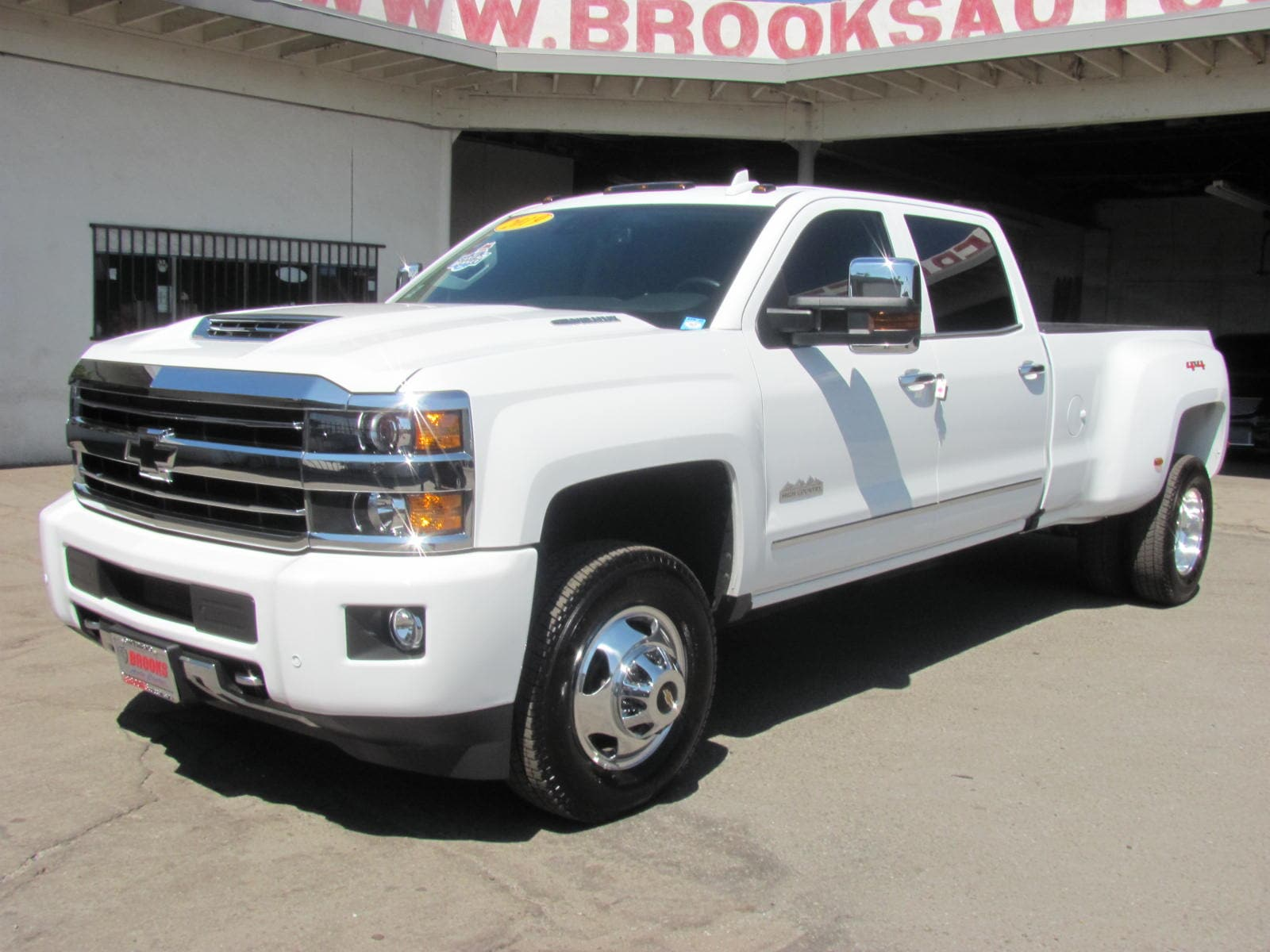 2019 Chevrolet Silverado 3500HD High Country Dually 6.6 Turbo Dsl 4WD Truck Crew Cab