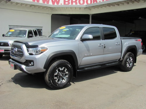 2017 Toyota Tacoma Double Cab V6 TRD Sport 4WD