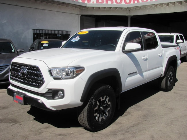 2016 Toyota Tacoma TRD Off Road V6 4WD Truck Double Cab