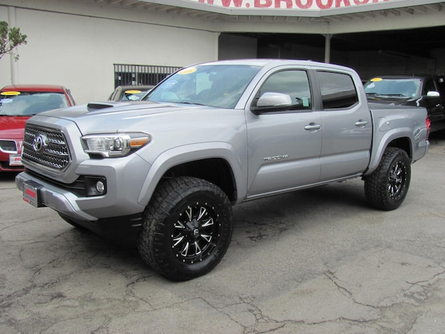 2016 Toyota Tacoma TRD Sport V6 (Lifted) Truck Double Cab