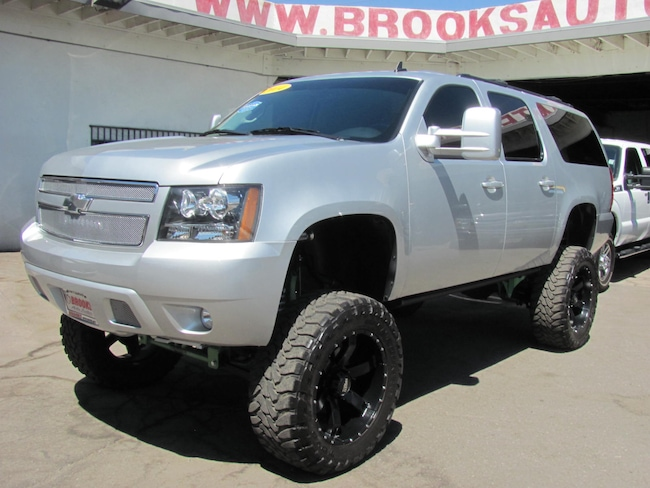 2014 Chevrolet Suburban 1500 LT 4WD (Lifted) 2014 SEMA Show Stopper SUV