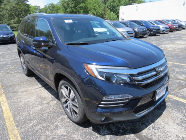 New Honda 2018 Honda Pilot Touring AWD SUV for sale in Toledo