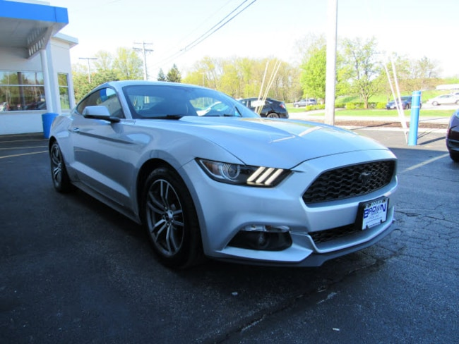 pre-owned 2016 Ford Mustang Coupe 1FA6P8TH4G5292437 for sale in Toledo