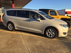 New 2020 Chrysler Pacifica LIMITED Passenger Van For Sale Shreveport, Louisiana