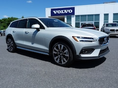 New 2020 Volvo V60 Cross Country T5 Wagon YV4102WK8L1030206 in Nazareth PA