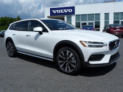New 2020 Volvo V60 Cross Country T5 Wagon YV4102WK7L1031217 in Nazareth PA